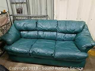 Turquoise Leather Trend Hide-a-Bed
