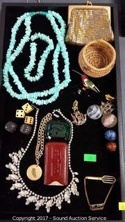 Tray of Fashion Jewelry & Vtg Trinkets