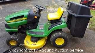 John Deere 125 Automatic Riding Lawn Mower