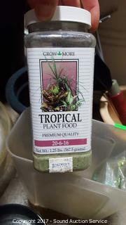 Large Planters & Gardening w/Pot Carts