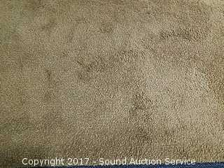 "7.4"" Square Brown Area Rug w/Non-Slip Pad"