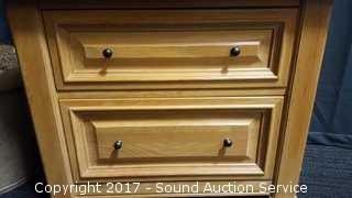 Thomasville 2 Drawer Side Table / Nightstand