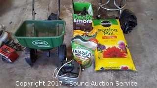 Scott's Seeder, Sprayers & Potting Soil