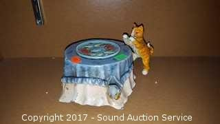 Vtg. Mechanical Cat Stealing Fish Coin Bank