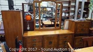 Hooker 9 Drawer Mirrored Oak Dresser