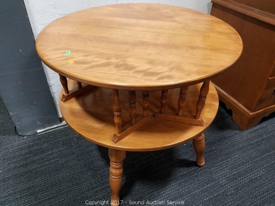 Beautiful ... Ethan Allen Early American Swivel Top Side Table ...