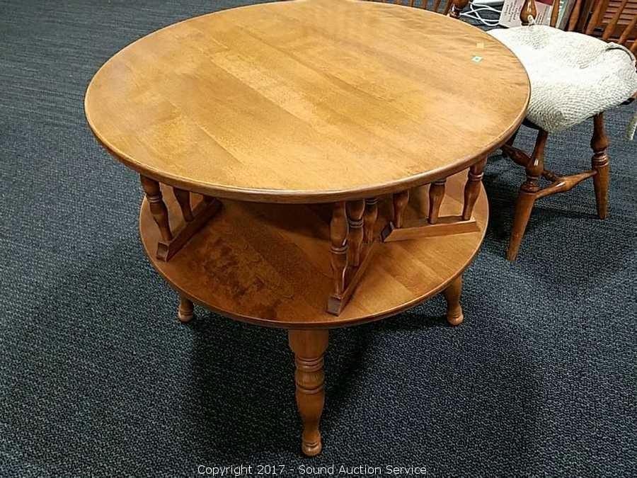 Ethan Allen Early American Swivel Top Side Table