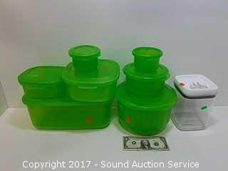 Lot of Super Sealed Food Storage Containers