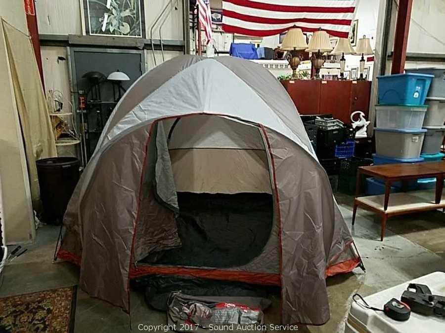 Glaciers Edge Yukon 4-Man Dome Tent 10u0027 x 8u0027 & Sound Auction Service - Auction: Online Furniture u0026 Estate Auction ...