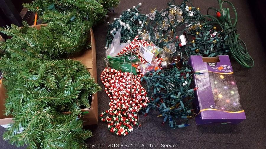 Christmas Lighted Garlands.Sound Auction Service Auction 10 19 18 Christmas